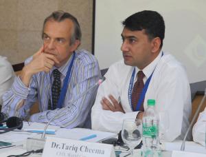 Председатель правления итальянской некоммерческой организации ASSAIF Альберто Бруньони и директор Всемирного конгресса мусульманских филантропов Тарик Чима